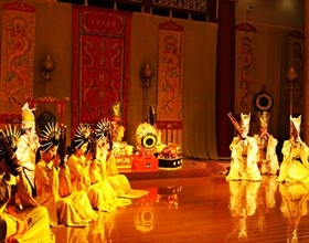 [Evening Tour] Tang Dynasty Show & Dumpling Dinner (Private, no-shopping)