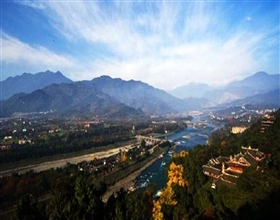 Dujiangyan & Furong Temple Day Tour (Private)