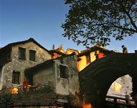 Suzhou Classical Garden & Zhouzhuang Day Tour (Private, depart Shanghai)