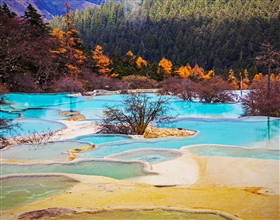 [3-Day Tour] Jiuzhaigou Hiking & Huanglong Park (Private, with 4-star hotel)