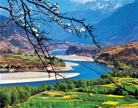 [8-Day Tour] Kunming-Dali-Lijiang-Shangri-La (Private, 4-star hotel)