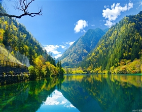 [3-Day Tour] Jiuzhaigou Hiking & Huanglong Park (Private, 4-star hotel)