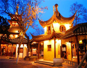 [1-Day Tour] Tiger Hill, Shantang Street, Linger Garden & Hanshan Temple (Private, includes lunch)