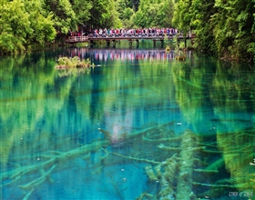[3-Day Tour] Jiuzhaigou Hiking & Huanglong Park (Group, local hotel)<br>[Visa Exclusive 2017]