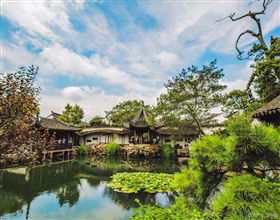 [1-Day Tour] Suzhou Classical Garden, Panmen Gate & Shantang Street (Group, depart Shanghai, includes lunch)