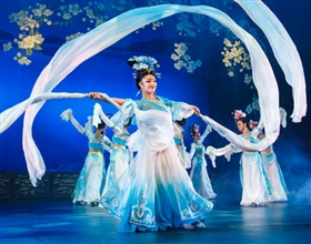 [1-Day Tour] Terracotta Warriors, Dumpling Banquet & Tang Dynasty Show (Group, includes lunch)