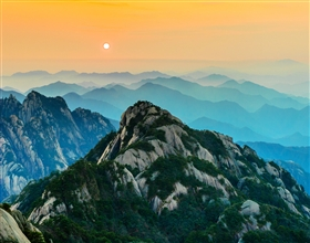 [3-Day Tour] Classic Huang Shan with bullet train (Private, with 5-star hotel, depart Shanghai)