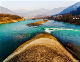 [1-Day Tour] Qingcheng Shan & Dujiangyan by bullet train (Small Group, depart Chengdu, includes lunch)