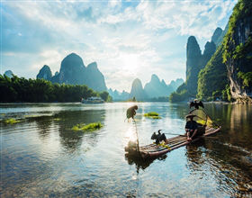 [1-Day Tour] Li River Hiking Tour from Xianggong Shan to Xingping (Private, includes lunch)<br>[Visa Exclusive 2017]