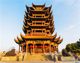 [1-Day Tour] Yellow Crane Tower & Guiyuan Temple (Private, includes lunch)