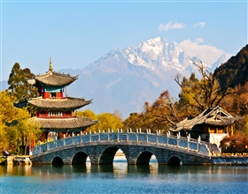 [1-Day Tour] Baisha Frescoes & Lijiang Old Town (Private)
