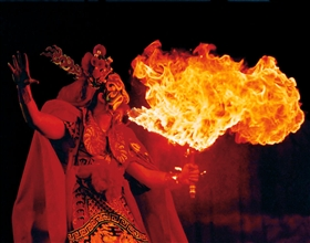 [Evening Tour] Sichuan Opera show at Shufengyayun tea house (Group, with private transfer, front seat)